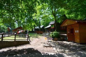 Chatová osada Zrub
